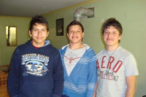 Josue and his brothers Daniel and Uriel
